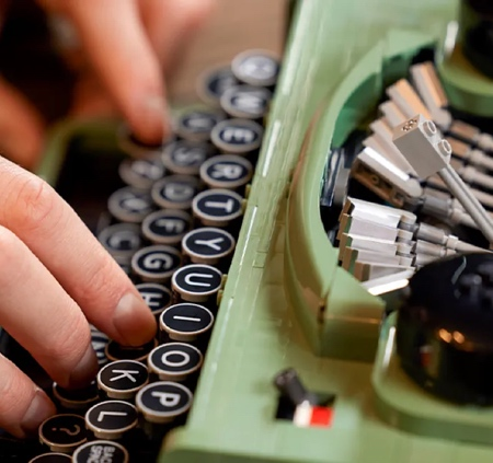 Old LEGO Typewriter