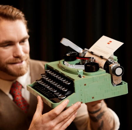 Classic LEGO Typewriter