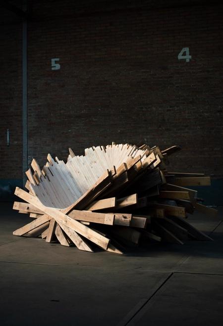 Wood Throne Chair