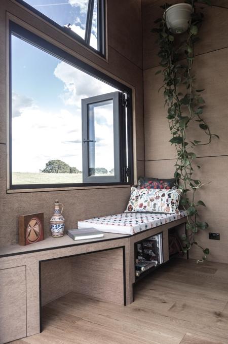 Base Cabin on Wheels