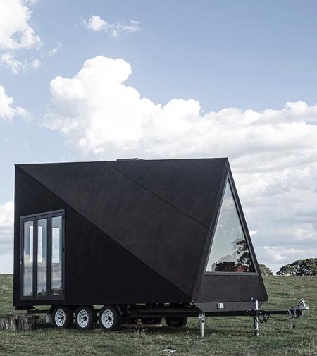 Studio Edwards Base Cabin