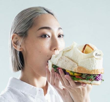 Shoe Sandwich