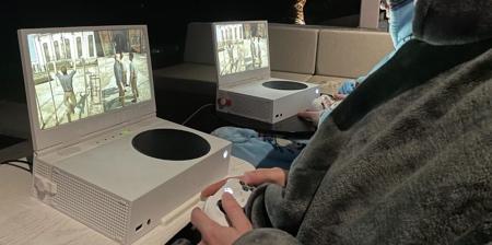 Portable Xbox Screen
