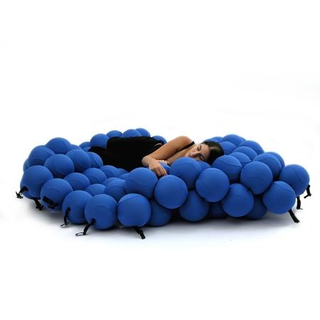 Balls Bed