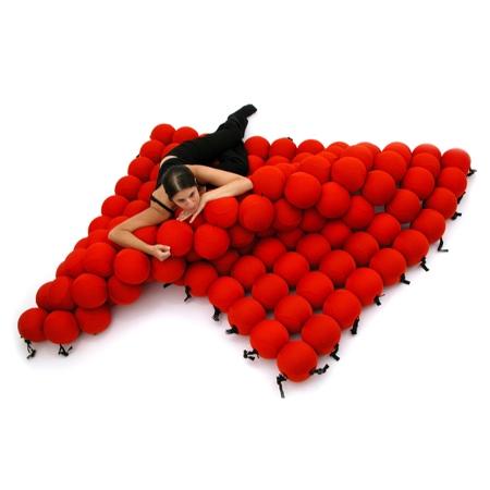 Animi Causa Balls Bed