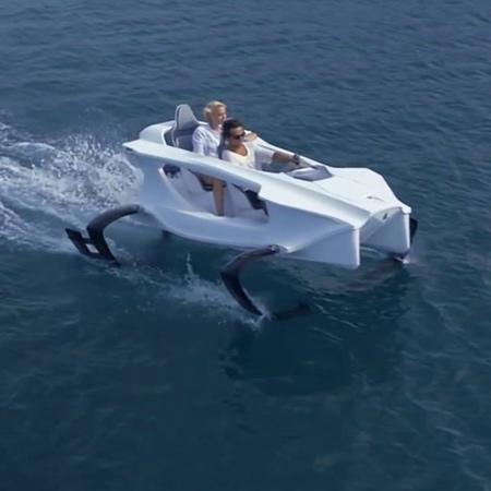 Quadrofoil Boat