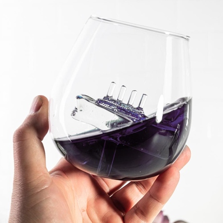 Titanic Ship Glass
