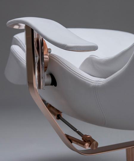 DavidHugh Chair